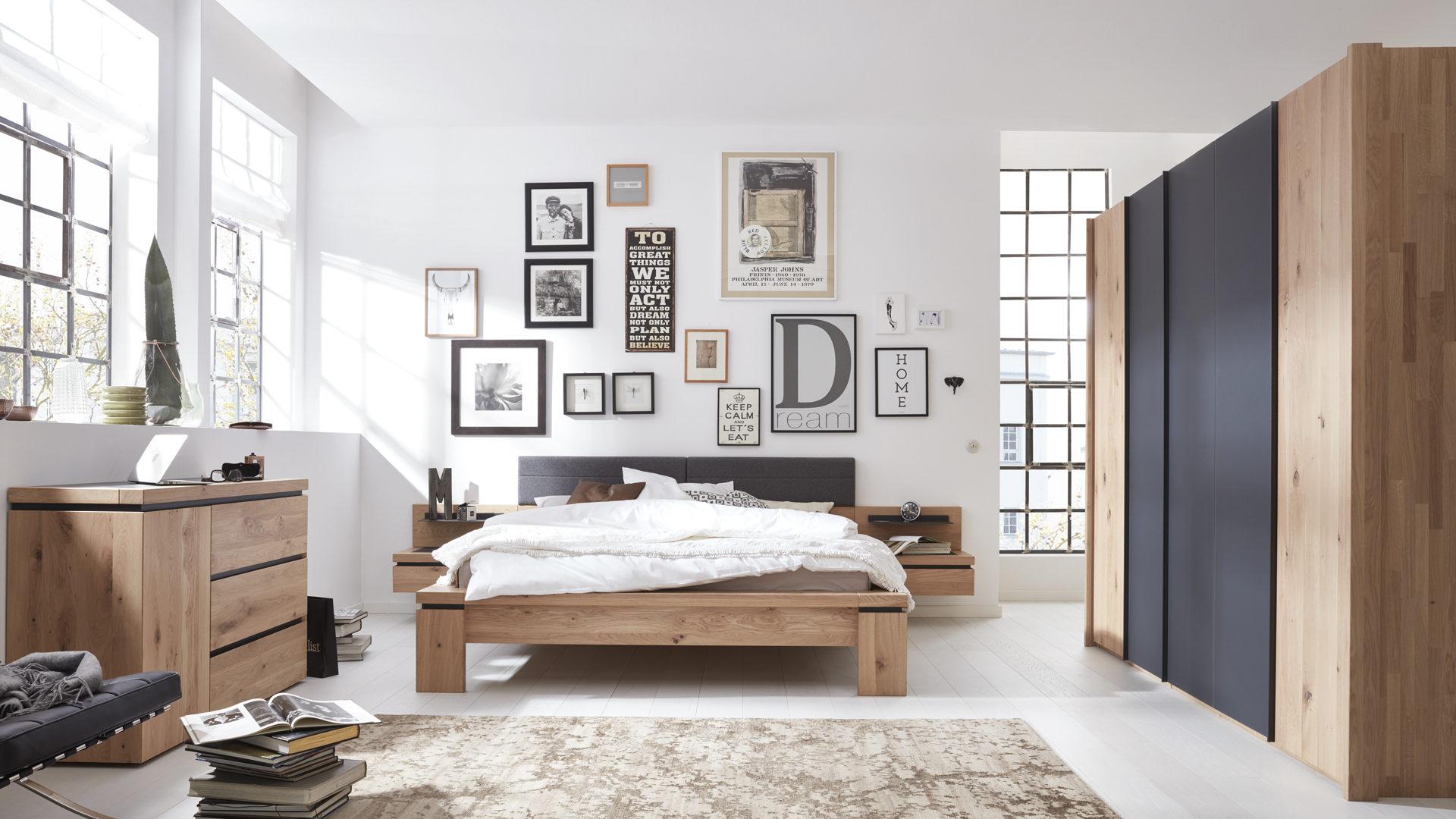 Schlafzimmer modern holz  Möbel Hugelmann Lahr | Markenshops | Schlafzimmer | Interliving ...