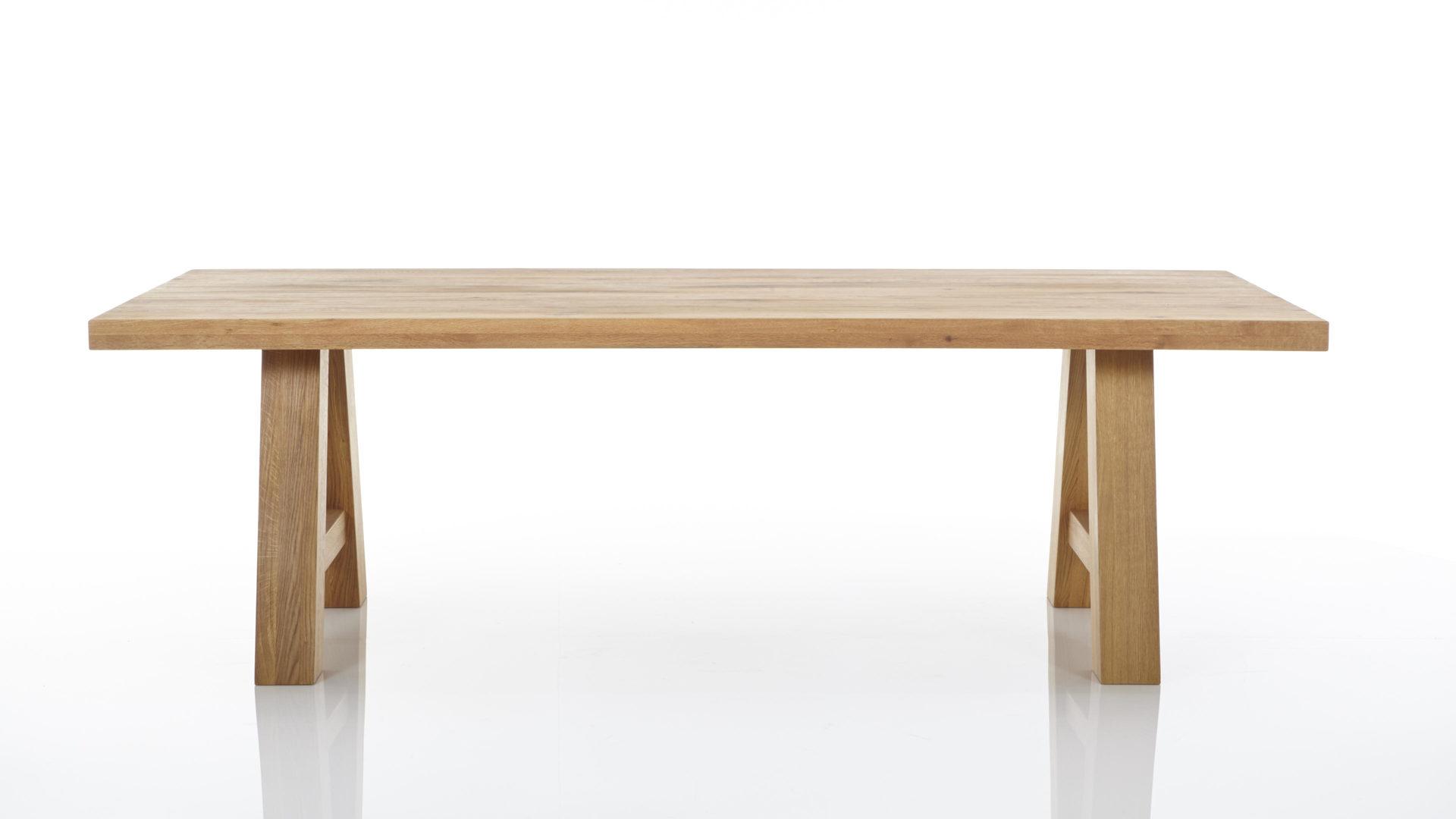 Massivholzmöbel - Esstisch, geölte Balkeneiche - ca. 220 x 100 cm ...
