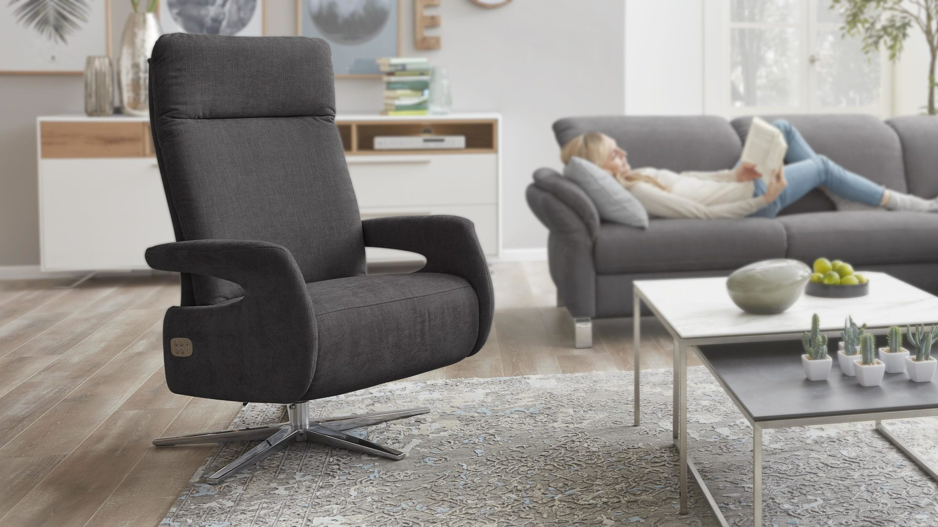 Relaxsessel 3c candy | il aus Stoff in Grau Interliving Sessel Serie 4510 – Relaxsessel dunkelgrauer Bezug Yelda grey & Sternfuß